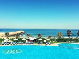Hotel photo: Grand Mogador Sea View & Spa