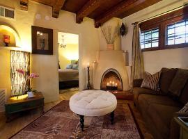 Hotel kuvat: Casa de Tres Lunas/House of Three Moons