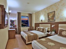 Hotel photo: Grand Hilarium Hotel