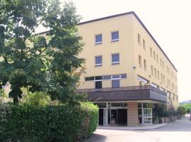 Hotel near איטליה