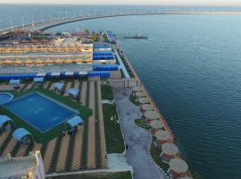 Хотел снимка: Dolphin Resort (Families only)