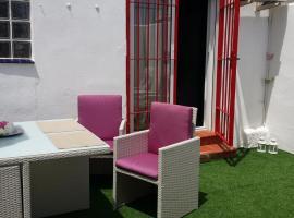 מלון צילום: Amapola Roja