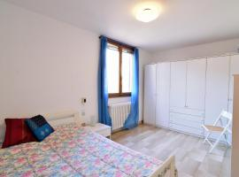 A picture of the hotel: Specchieri Suite