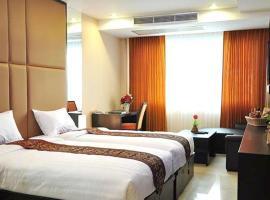 Hotel photo: Le Platinum Residency