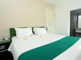 Fotos de Hotel: RedDoorz Near Pantai Jerman
