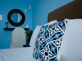 Foto di Hotel: Elegant Apartment