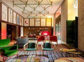 Hotel near Mediolan