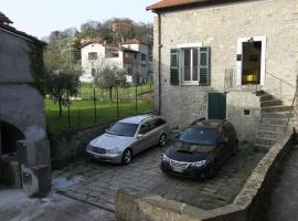 Hotel photo: Pontremoli Holidays di Andrea
