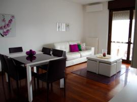A picture of the hotel: Jacaranda Apartment