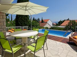 Hotel photo: Vacation Home Villa Oleandra