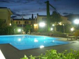 Hotel photo: Chiardiluna
