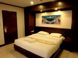 Hotel photo: Karon Cafe Inn