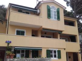 Hotel Photo: Apartments Atila
