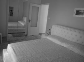 Hotel photo: Gualtiero Camere & Suite
