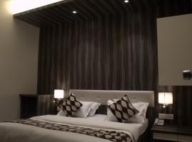 מלון צילום: Hotel Sai Sanidhya