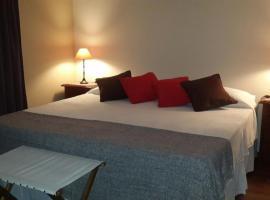 A picture of the hotel: Posada del Leñatero Ezeiza