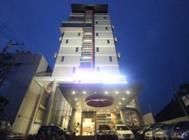 A picture of the hotel: @Hom Semarang Simpang Lima