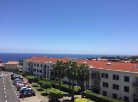 Hotel photo: Excelente T3 Duplex Funchal