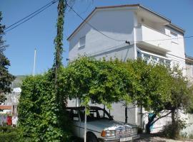 Hotel photo: Apartments Mirjana