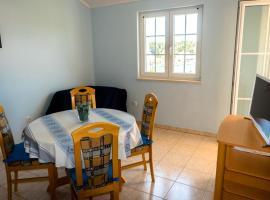 Hotel photo: Apartment Grga 2 IR7718