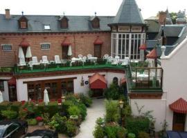 Hotel photo: Chateau La Tour Du Roy