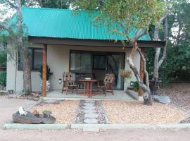A picture of the hotel: Babushka Self Catering Cottage & Kruger Safaris