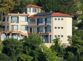 Hotel near Bałczik