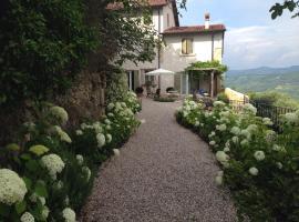 A picture of the hotel: B&B Relais Bacio Di Luna