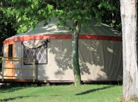 Hotel photo: Parco Del Lago Glamping And Lodges