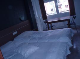 Hotel Photo: Hostal Torres