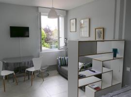 호텔 사진: Studio proche gare St Jean