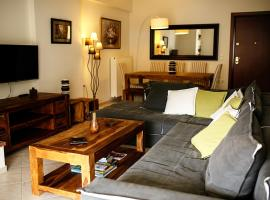 A picture of the hotel: Glyfada Family Apartment