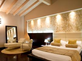 Hotel Photo: OneMhotel