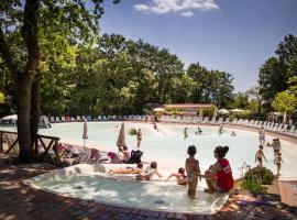 Hotel photo: Family Park I Pini