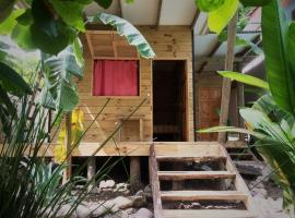 Hotel photo: Tropical Pasta Surf House and Hostel