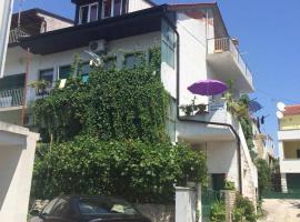 מלון צילום: Apartmani Zorica