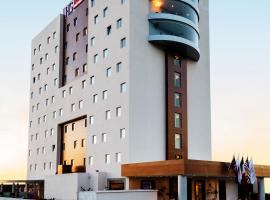 A picture of the hotel: HS HOTSSON Hotel Queretaro