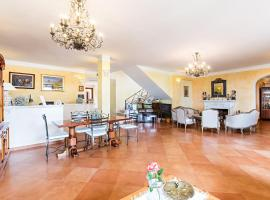 Hotel Photo: Hotel The Originals Pian delle Starze