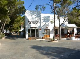 Hotel Photo: Bungalows Es Pins - Formentera Vacaciones