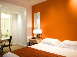 Hotel Photo: Hôtel De Castiglione