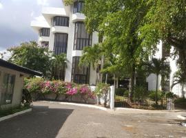 Hotel near Neue Kingston