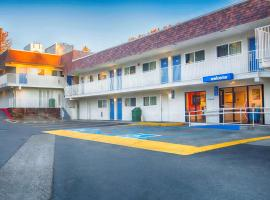 Hotel photo: Motel 6 Mammoth Lakes