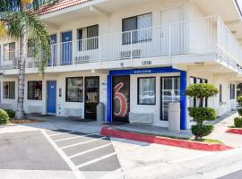 Hotel photo: Motel 6 Bakersfield Convention Center