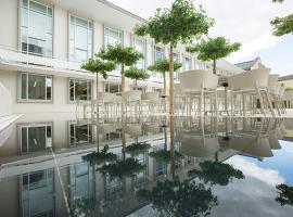 Hotel photo: Burkardushaus, Tagungszentrum am Dom