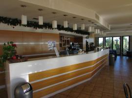 Hotel photo: Emmaus Hotel