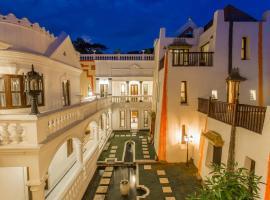 מלון צילום: Baber Mahal Vilas