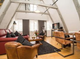 A picture of the hotel: Atelierwohnung im Altstadthaus