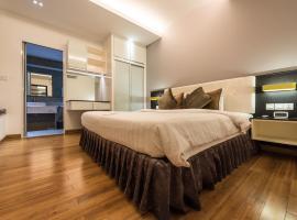 Hotel fotoğraf: Naki Suites @ Silvertown