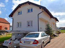 Fotos de Hotel: Holiday home Mihaljevic