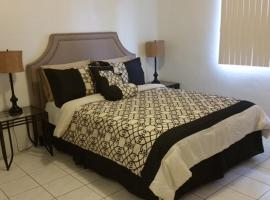Foto do Hotel: Beautiful 2 bedroom 1 bath